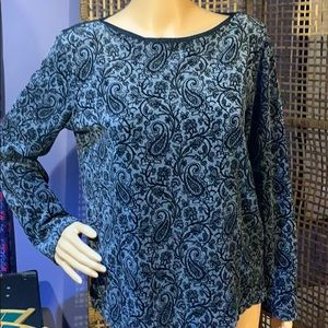 BEAUTIFUL LIZ CLAIBORNE VELOUR PAISLEY TOP